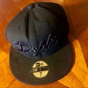 NWOT New Era Split embroider baseball cap size 7